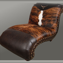 LONGHORN CHAISE LOUNGE